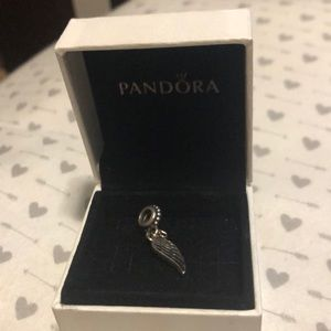 Dangling guardian angel/wing pandora charm
